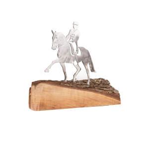 Metalldeko Dressurpferd klein (160x150mm) auf Eichenholz lackiert