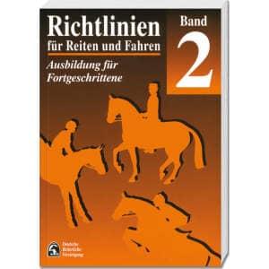 Richtlinien für Reiten und Fahren, Band 2 (Fortgeschrittene) in STANDARD.